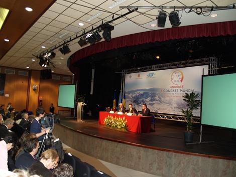 """Desestacionalizar el turismo de montaña, es el """"leiv motiv"""" de la octava edición del Congreso Mundial de Turismo de Nieve y Montaña, que se celebra en Andorra, los días 9 y 10 de abril.(Copyright / Turiski)"""
