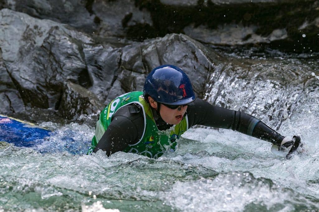 Sort Mundial kayay squirt