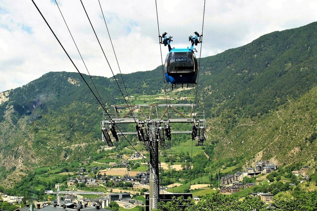 Encamp y el Pas de la Casa Andorra Funicamp