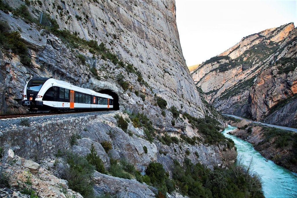 FGC verano 2020 'Respira Natura' Tren dels Llacs