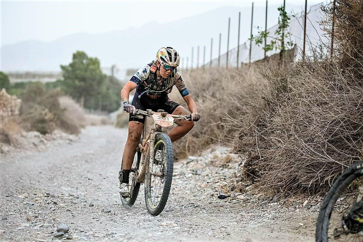 Clàudia Galicia retirada mountain bike