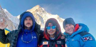 K2 vientos huracanados