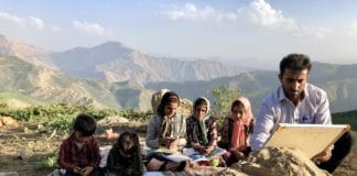 Irán: teaching among the Nomads' Festival Cine Torelló