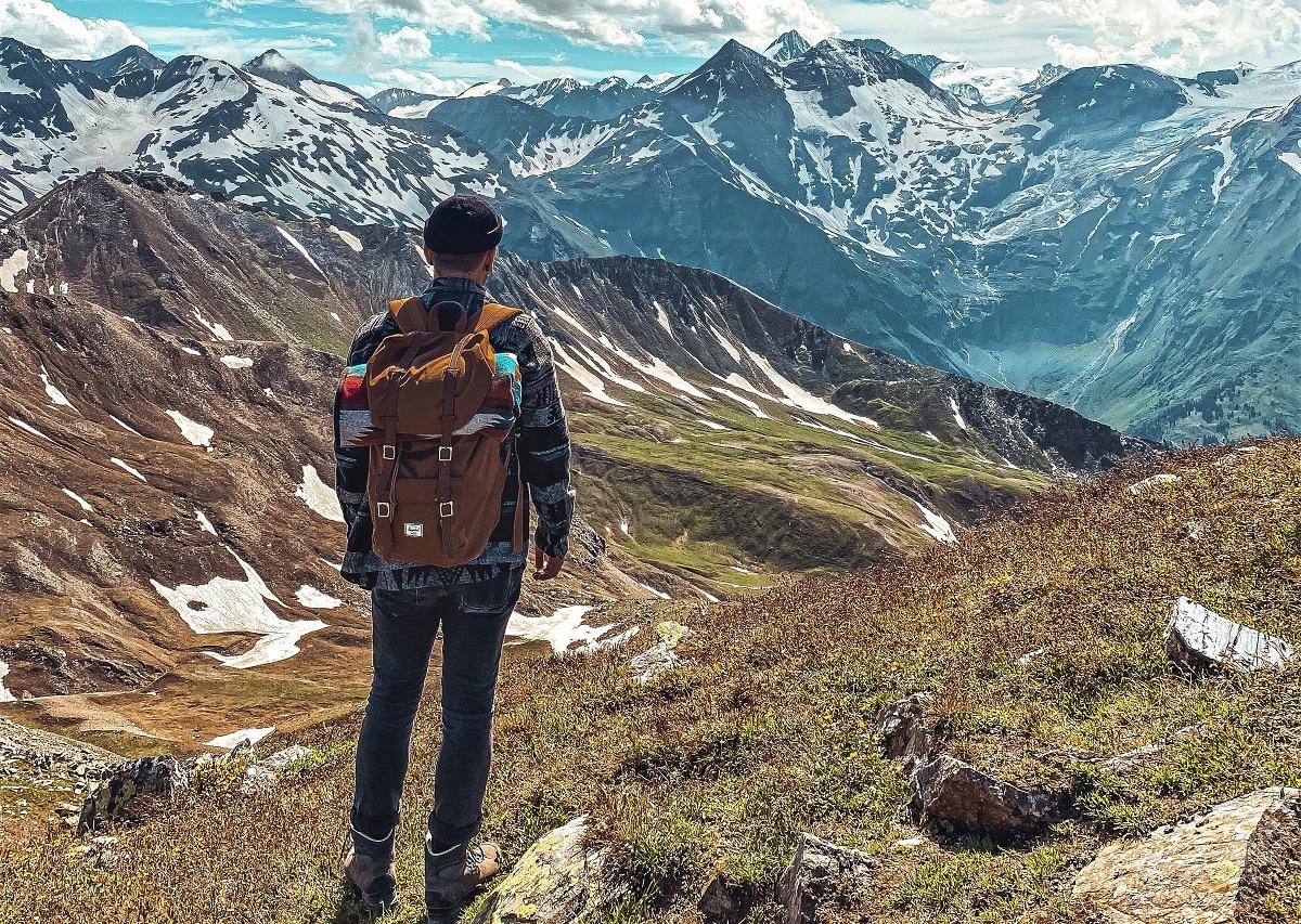 bota de montaña zapatillas rutas senderismo