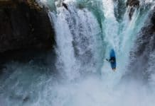 Nouria Newman kayak extremo Islandia