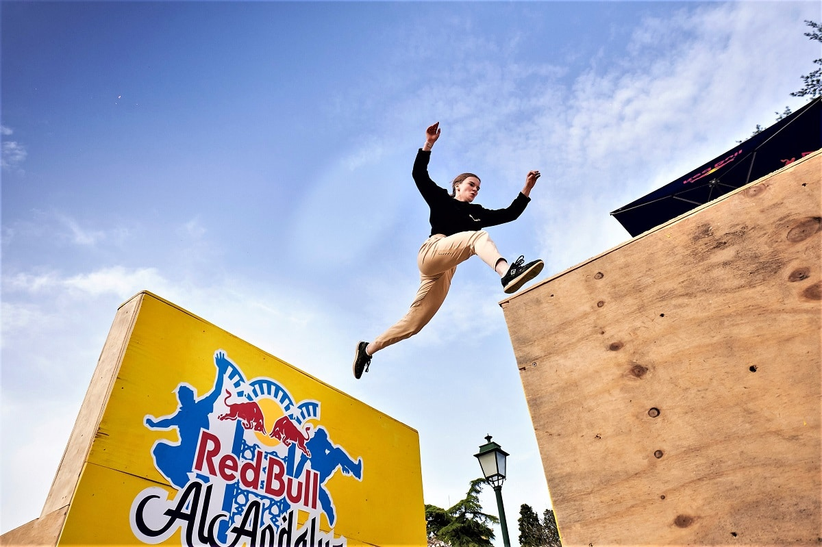 Lilou Ruel Red Bull freerunning Al-Andalus