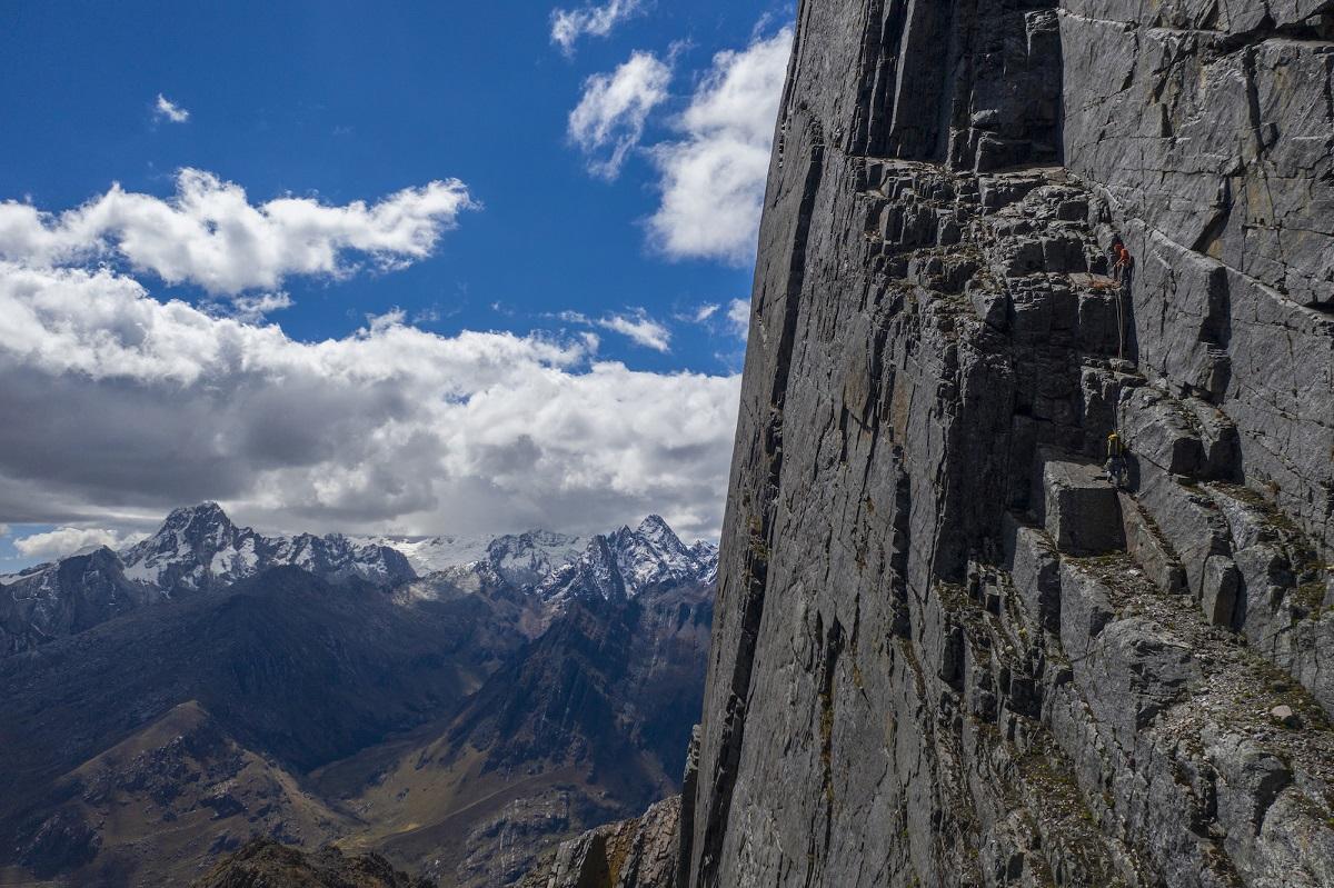 Hermanos Pou Cordillera Blanca Andes peruanos